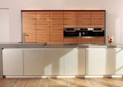 Küche mit Betonplatte