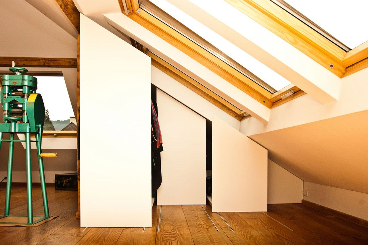 Kleiderschrank Dachschräge ᐅ regal schrank freiburg individuelle möbel vom kreativ schreiner