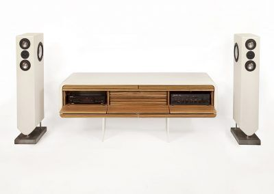 HiFi Sideboard Timeless offen