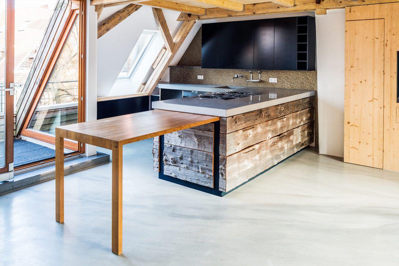 Kuche mit insel natur weiss landhaus for Einbaukuche streichen