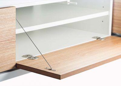Klappensystem des Sideboards