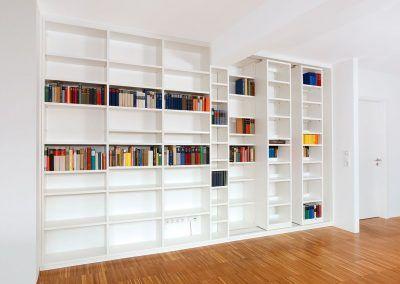 Bücherregal vom Schreiner
